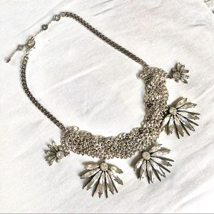 HENRI BENDEL Waldorf statement necklace